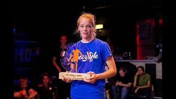 Laura Dekker - Freestyle voetbalster